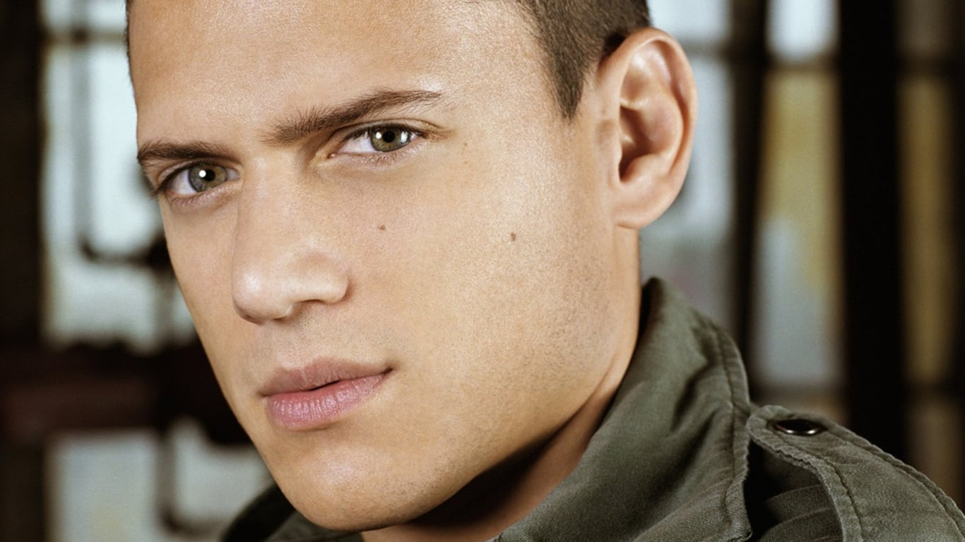 Wentworth Miller walpapers for windows
