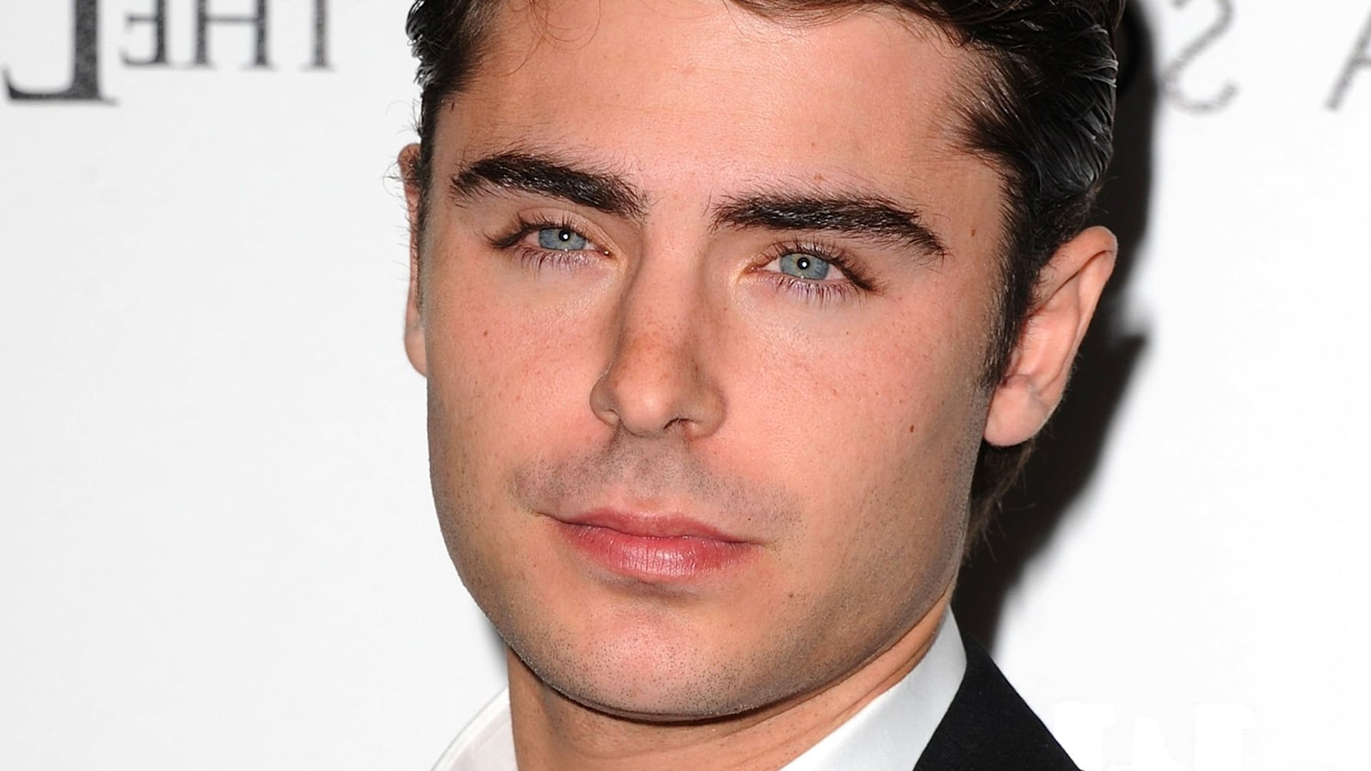 Cool Zac Efron photo