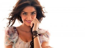 Pics of beauty Sonam Kapoor