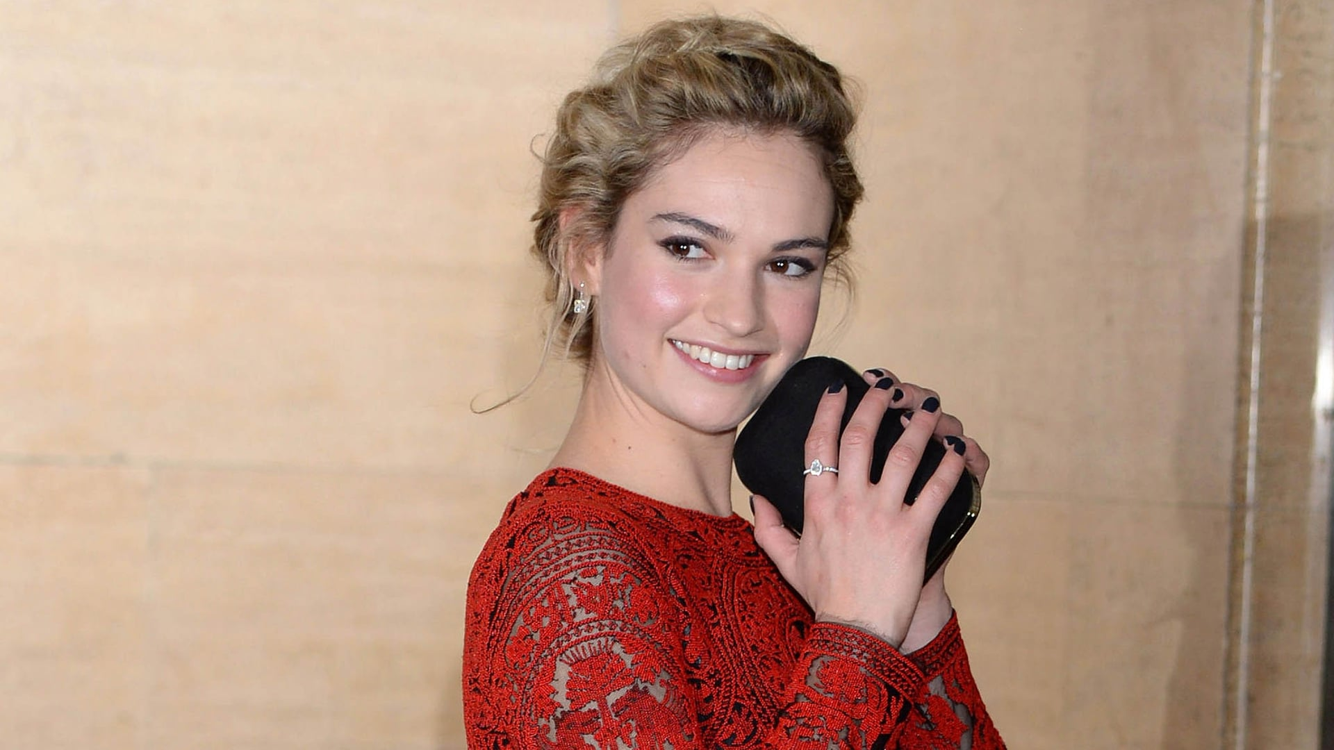 Best Lily James wallpapers backgrounds