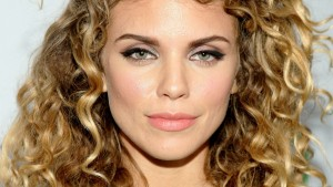 Free pic of eyes makeup Annalynne McCord