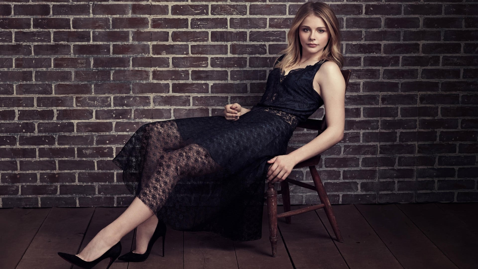 Chloe Grace Moretz on cool hd wallpapers