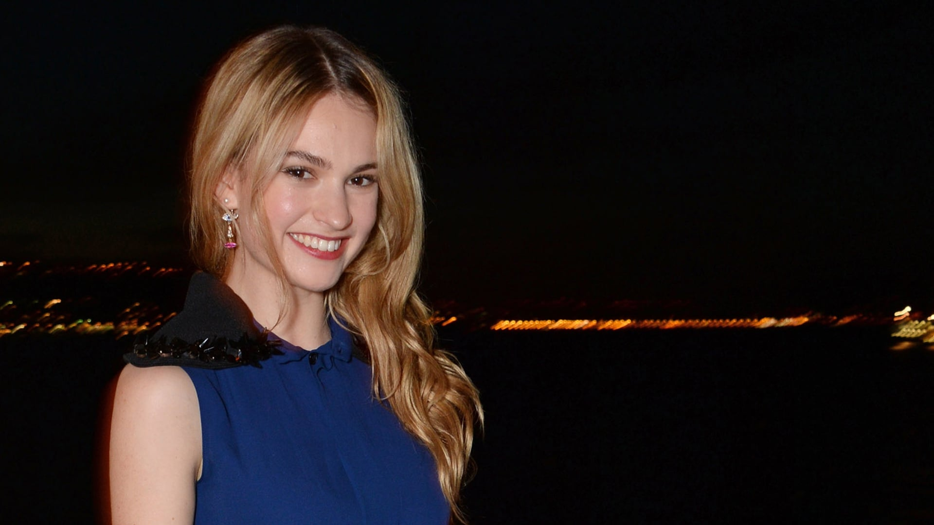 Lily James full HD image