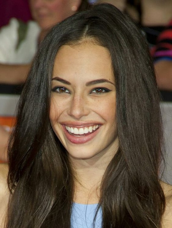 smile Chloe Bridges wallpaper