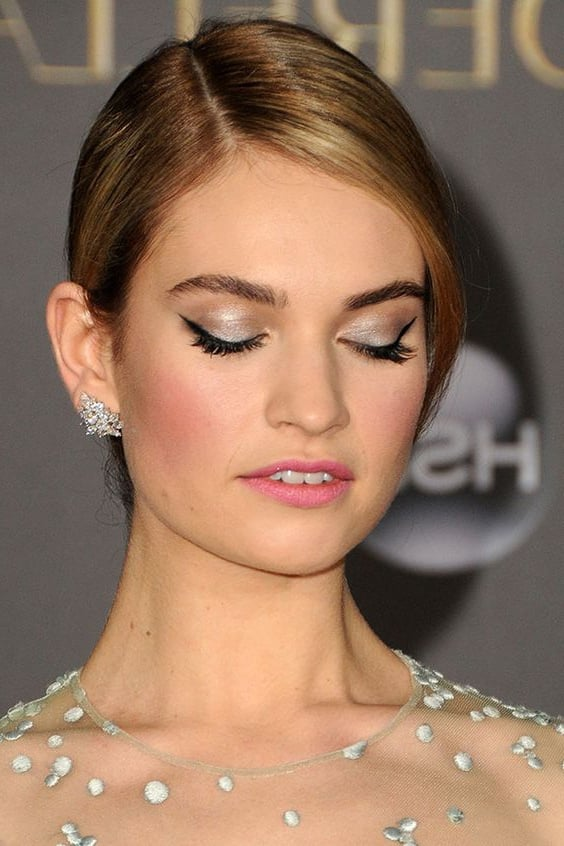 Lily James earrings photo