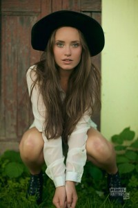 Merritt Patterson themes for mobiles