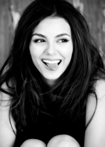 Victoria Justice bw HD photo