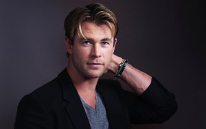 wallpaper cute Chris Hemsworth High Quality image