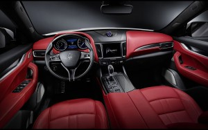 2016 Maserati Levante interior photo