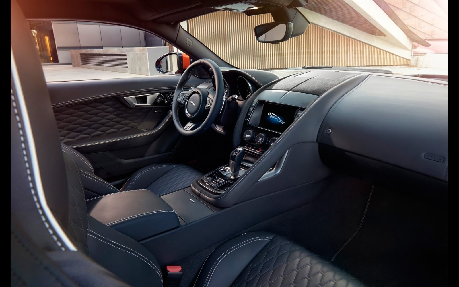 2017 Jaguar F Type SVR Convertible interior full HD image