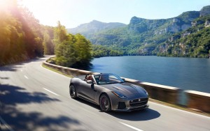 Cool 2017 Jaguar F Type SVR Convertible motion HD pic for PC