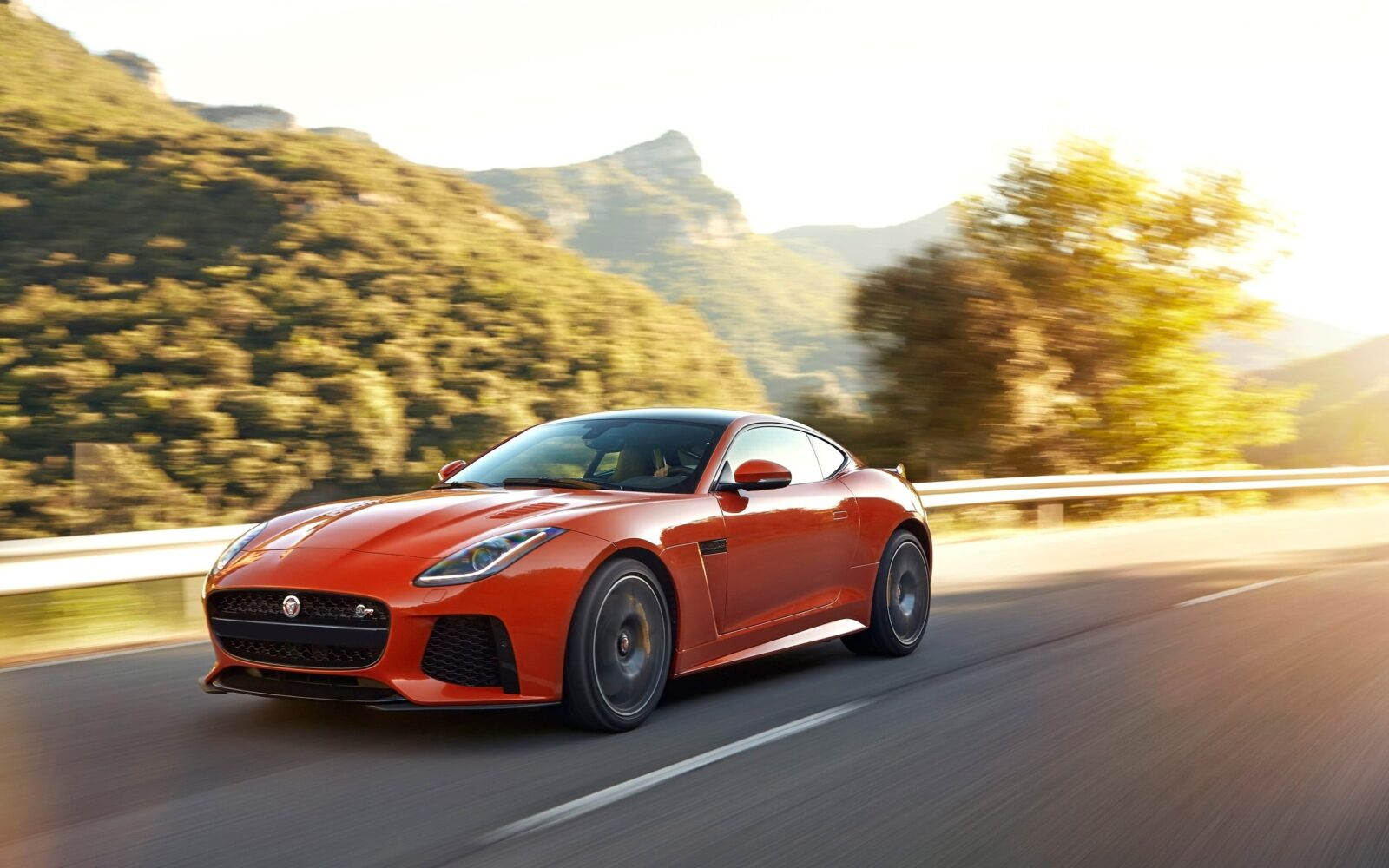 Amazing 2017 Jaguar F Type SVR Coupe picture