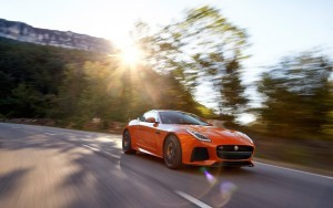 Awesome 2017 Jaguar F Type SVR Coupe motion