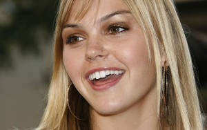Aimee Teegarden full HD image