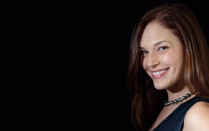 Amanda Righetti smile High Quality wallpapers