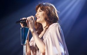 Florence Welch smile new pictures