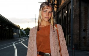 Isabel Lucas photo