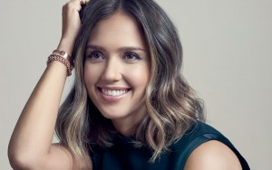 Jessica Alba happy smile Desktop wallpaper