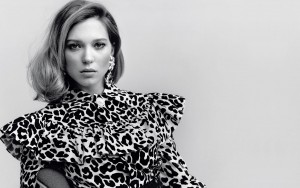 Lea Seydoux desktop wallpaper back and white