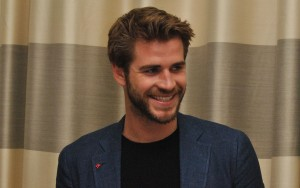 Liam Hemsworth smile High Resolution wallpaper