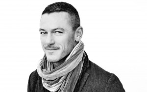 Luke Evans black and white background HD wallpaper