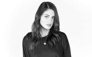 Phoebe Tonkin black and white picture 2016