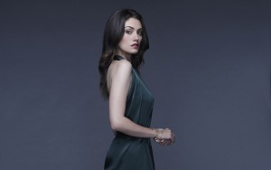 Phoebe Tonkin blue background wallpaper 1080p High Definition