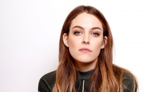Riley Keough face HD wallpapers for Desktop
