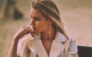 Rosie Huntington-Whiteley pictures