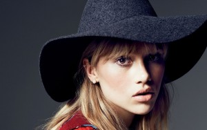 Suki Waterhouse High Resolution wallpaper