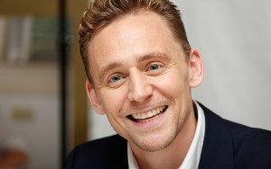 Tom Hiddleston smiling wallpaper 1920x1080p photo for Desktop