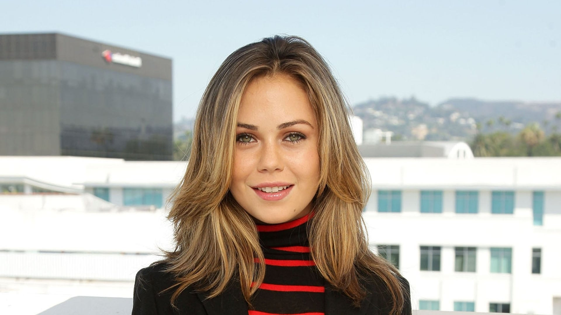 Alexis Dziena HD wallpapers