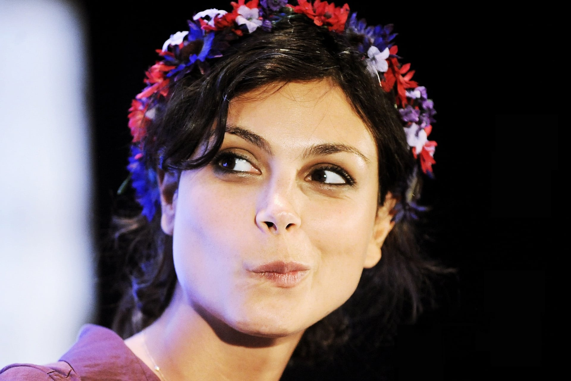 Amazing Morena Baccarin emotion picture