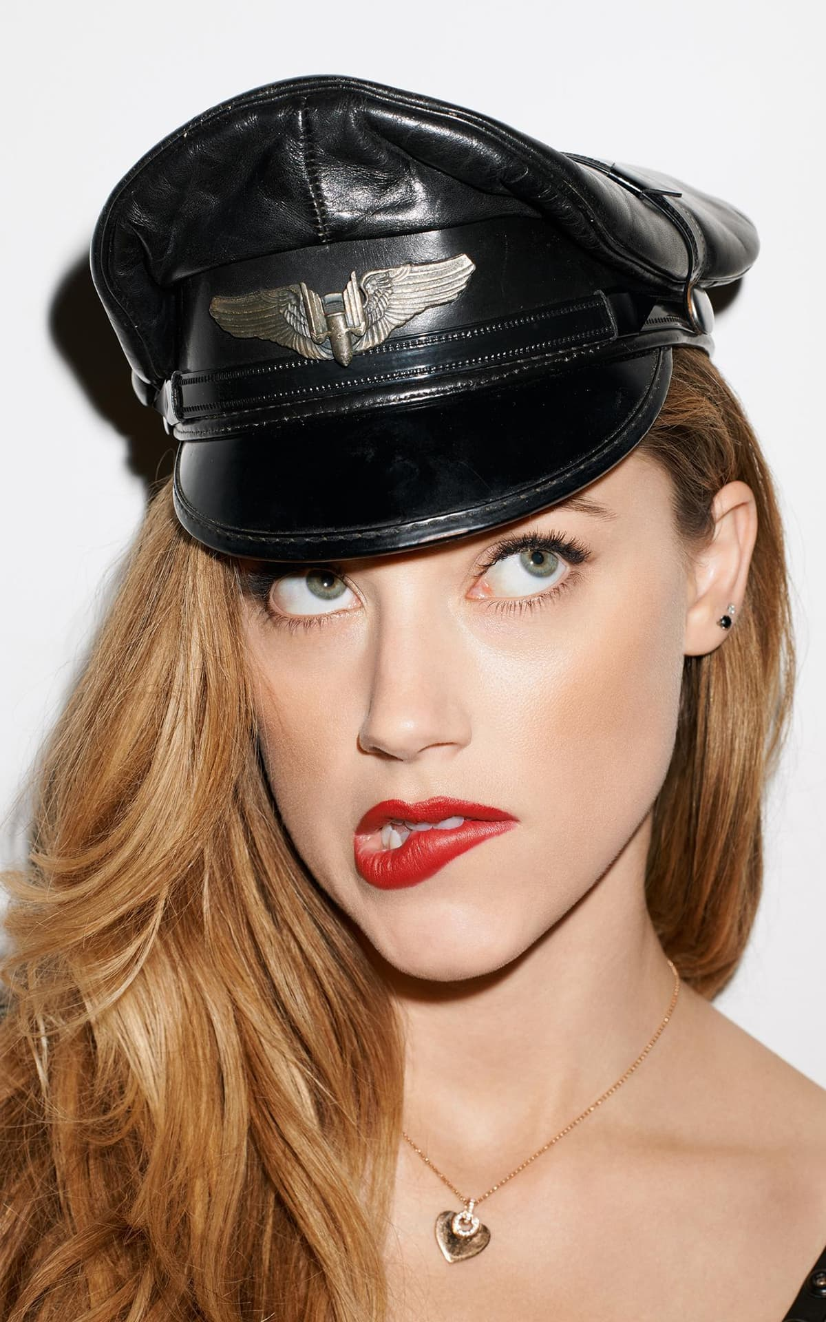 Amber Heard for Android picture