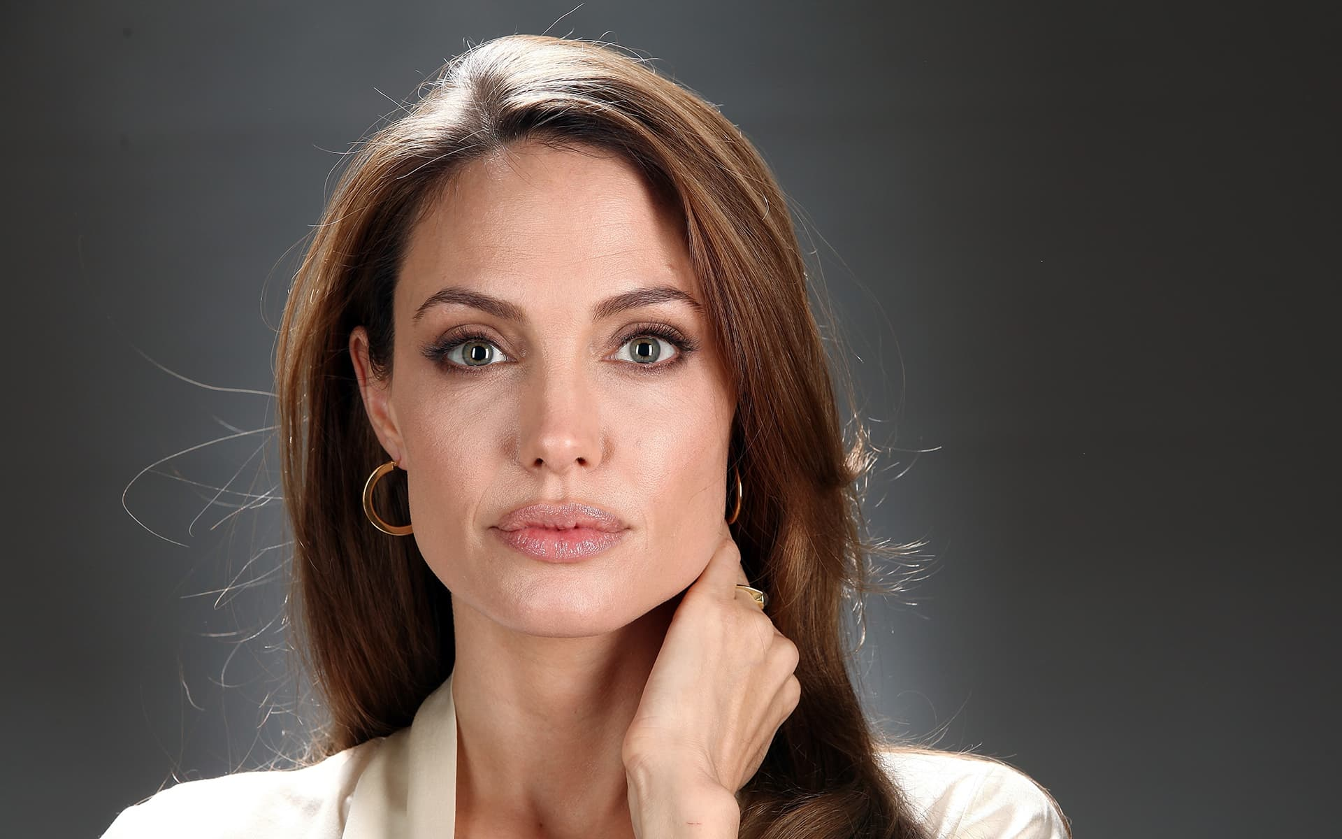 Angelina Jolie Hd Wallpapers: 30+ Angelina Jolie Wallpapers High Quality Resolution Download