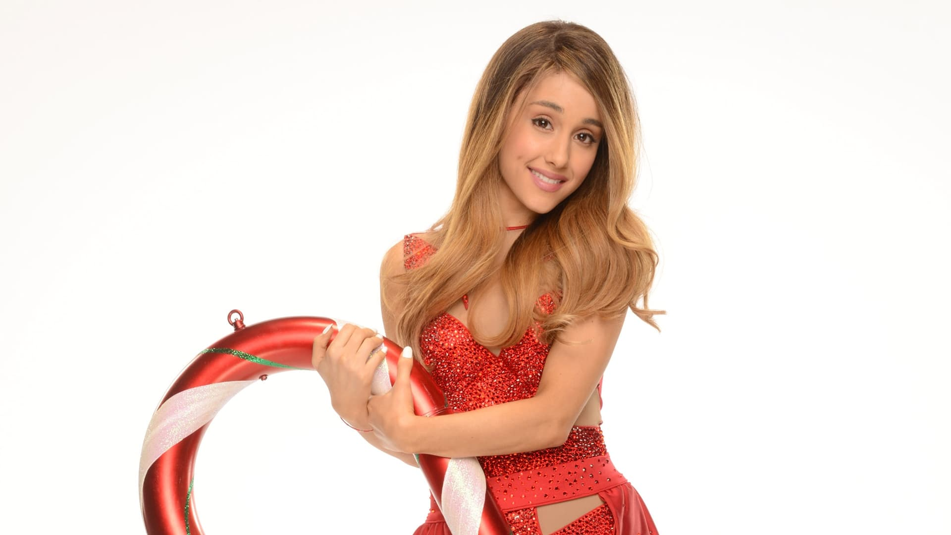 25 Ariana Grande Wallpapers High Quality Download