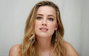 beautiful Amber Heard download HQ pics
