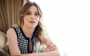 beauty Gillian Jacobs wallpapers