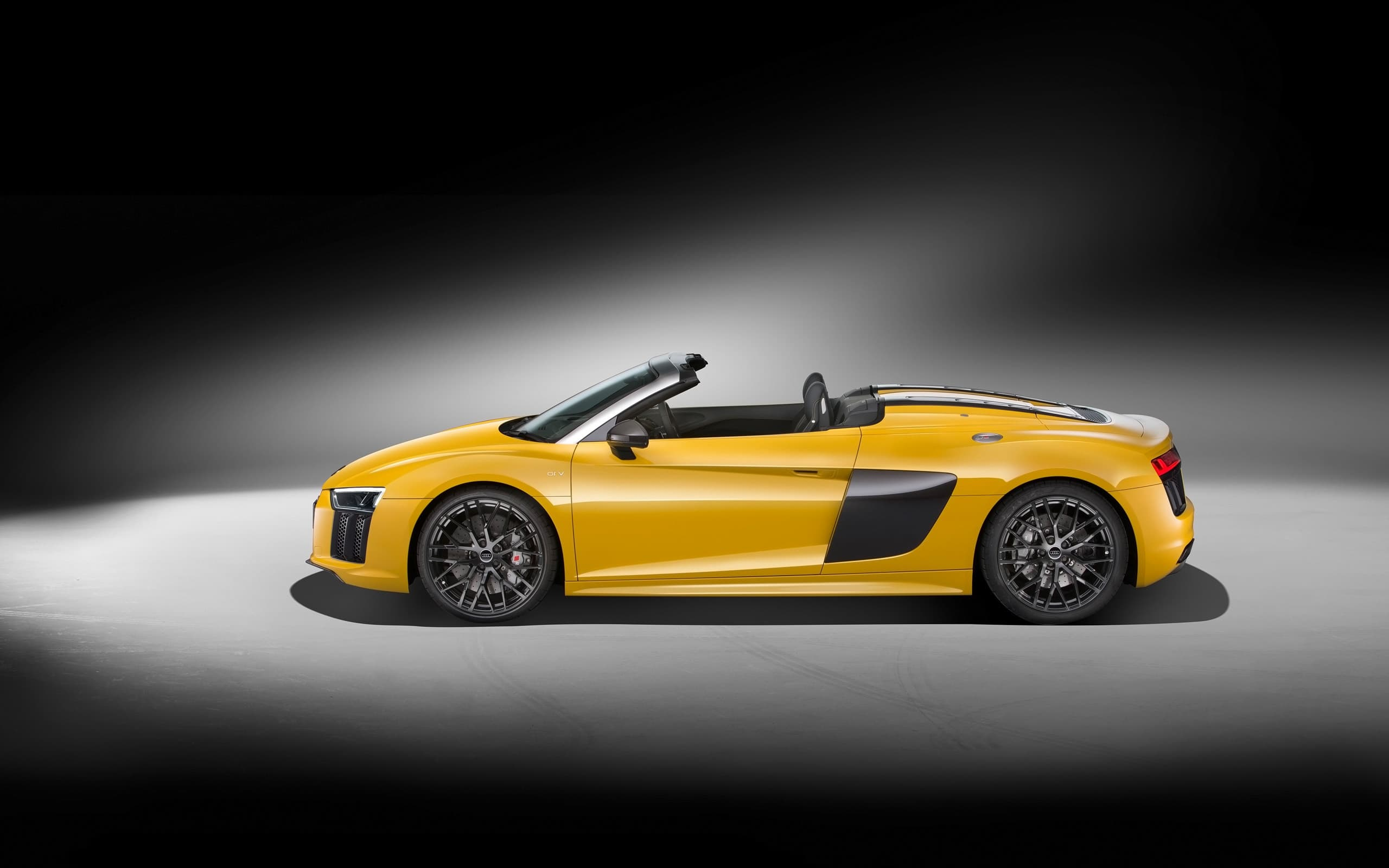 black background 2017 Audi R8 Spyder V10 wallpapers