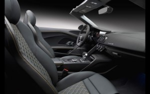 black leather interior 2017 Audi R8 Spyder V10 picture