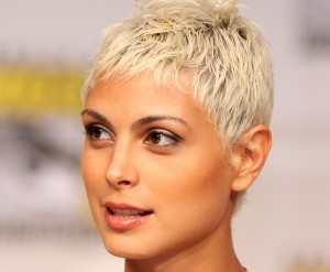 blonde Morena Baccarin white hair HD backgrounds