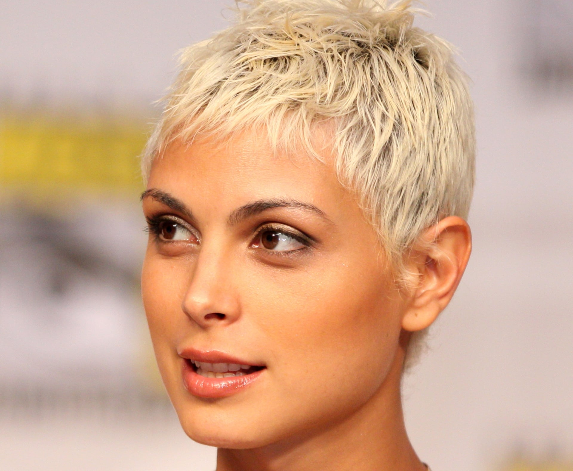 Morena Baccarin Wallpapers High Quality Download