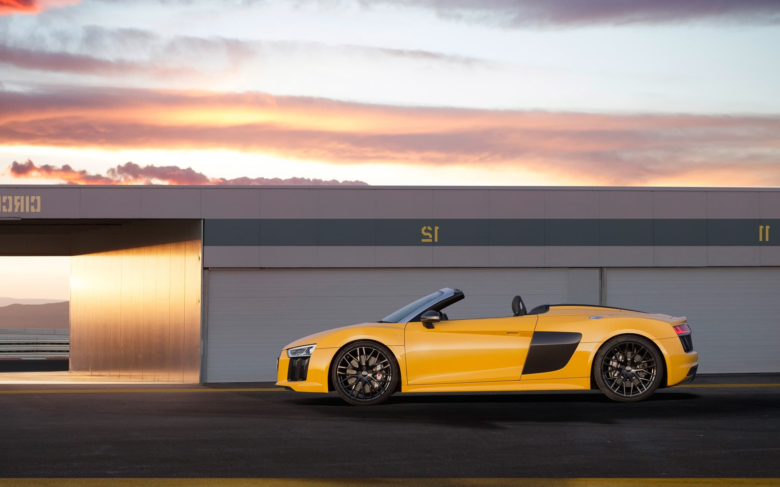 clouds 2017 Audi R8 Spyder V10 HD wallpaper for PC