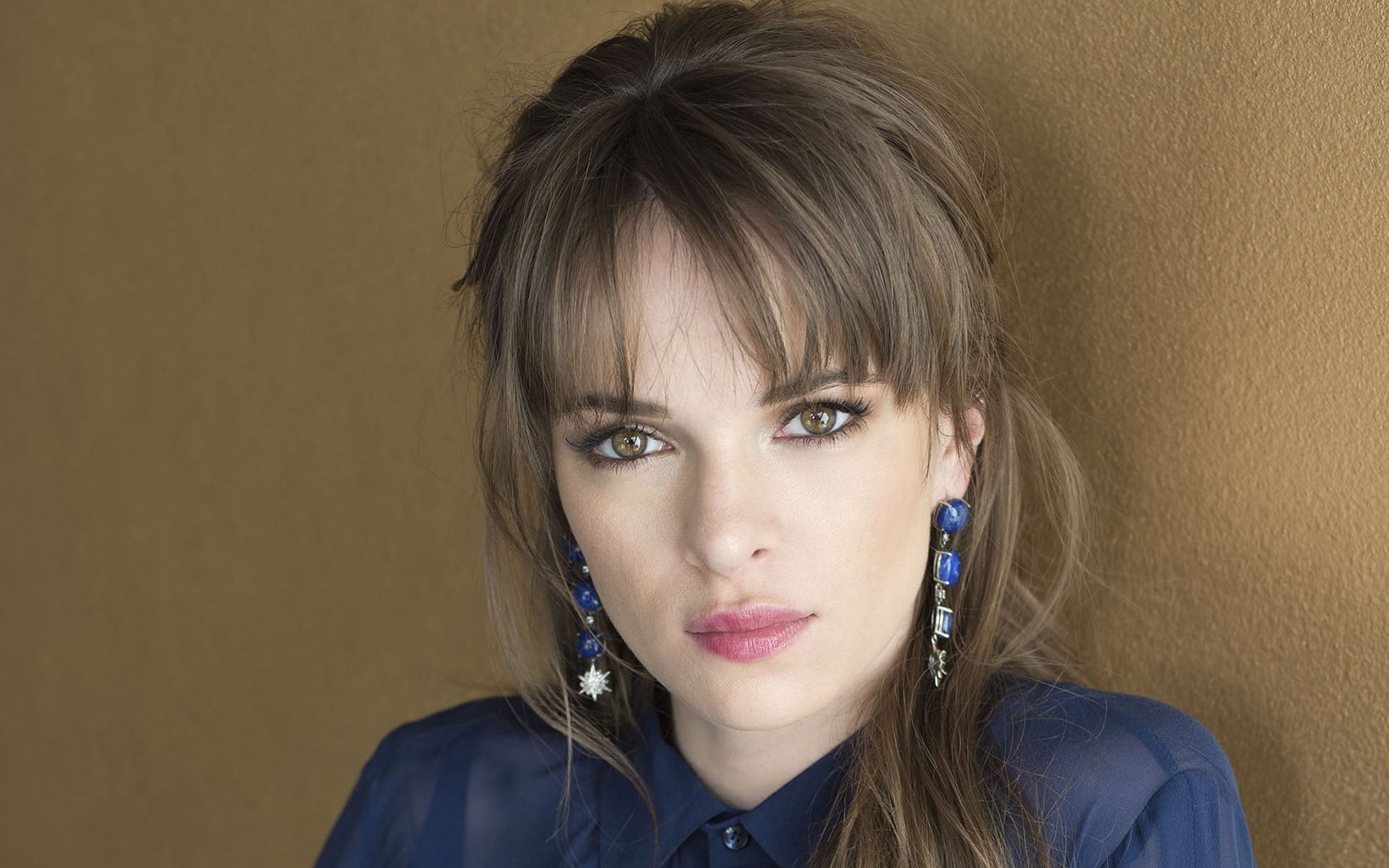 Danielle Panabaker photo