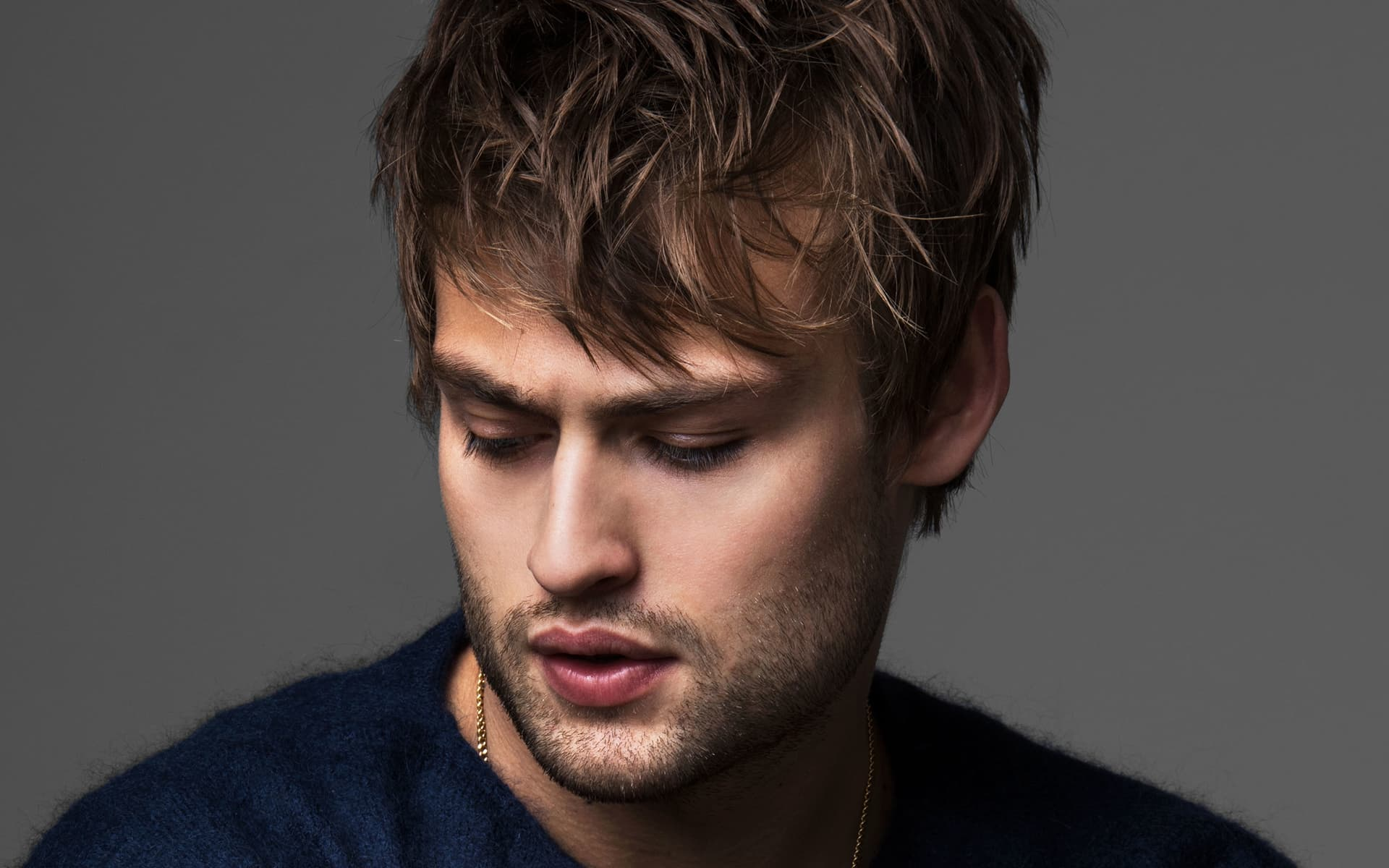 14+ Douglas Booth wall...