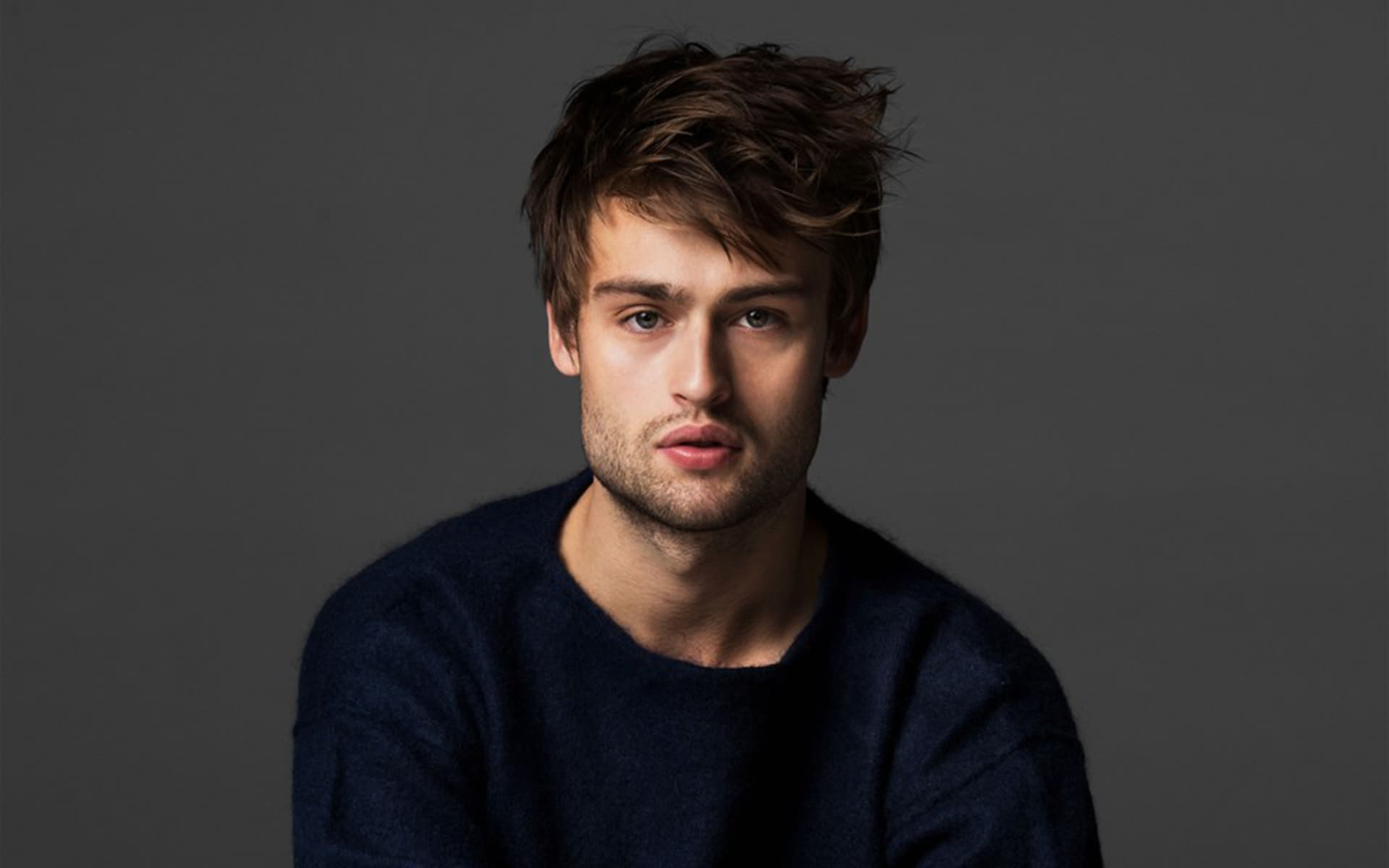 Douglas Booth image HD...