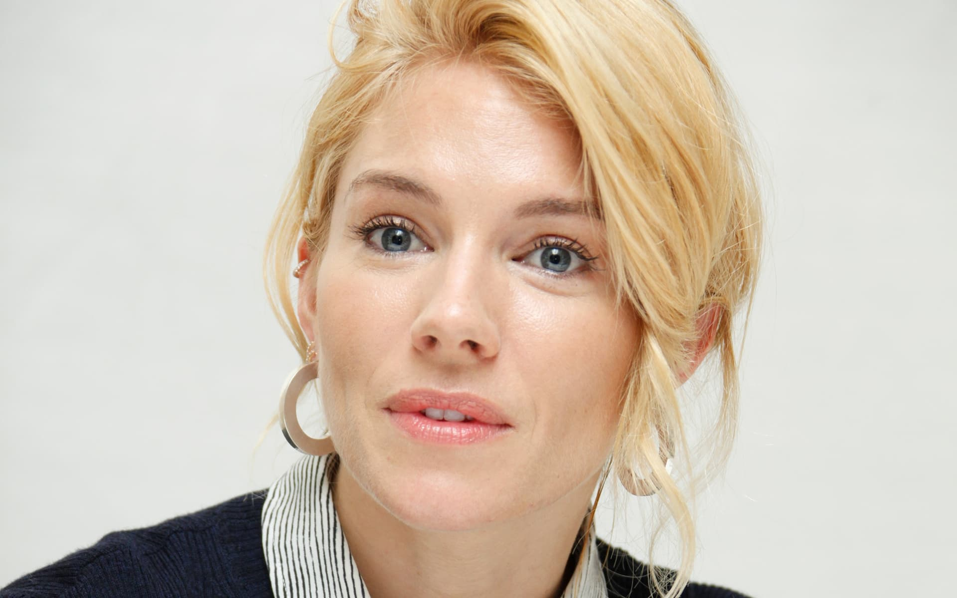 face Sienna Miller HD wallpaper