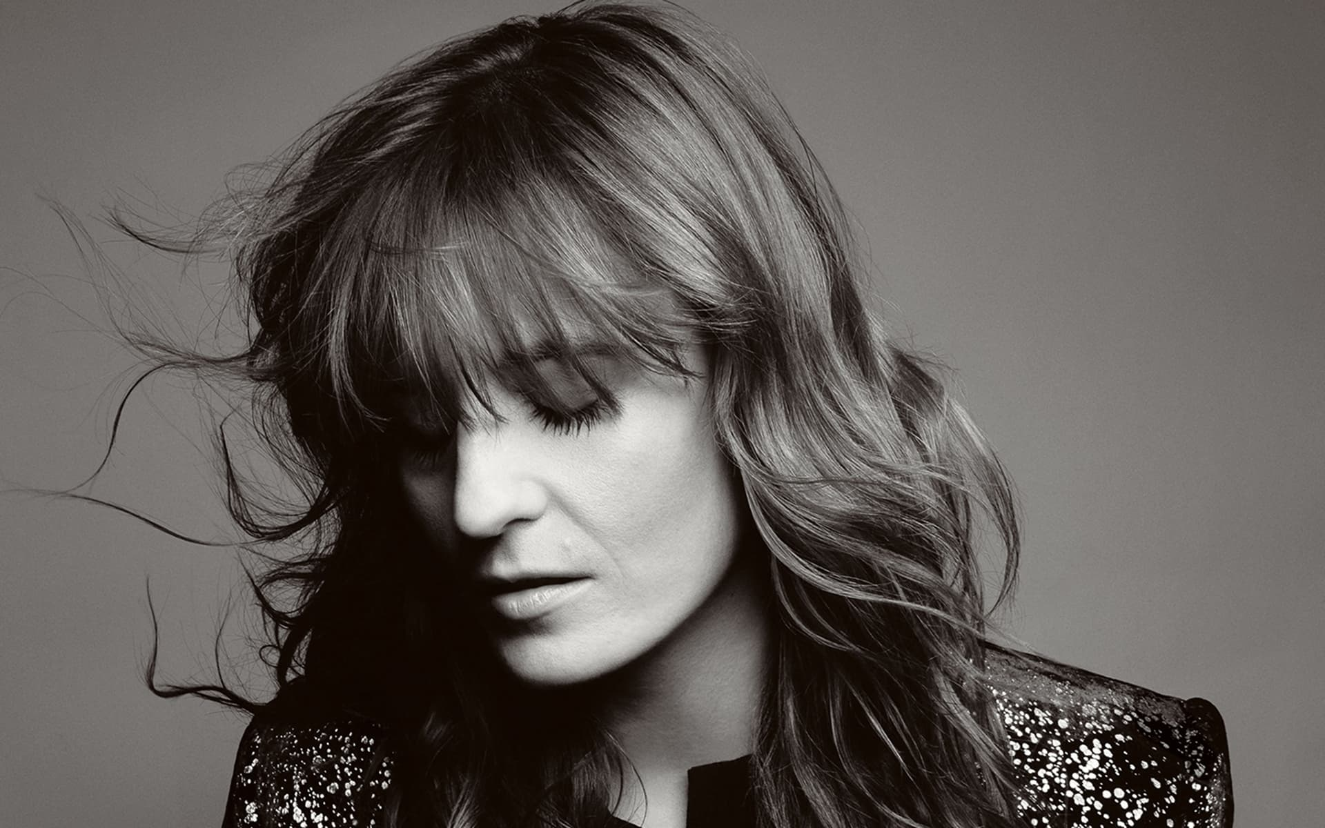 florence-welch-black-white-picture-2016.