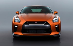front 2017 Nissan GT-R image