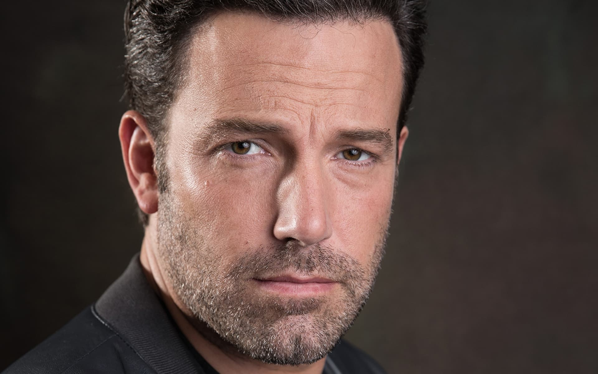 HD wallpaper Ben Affleck poker face image for Desktop
